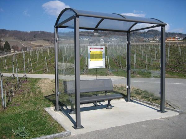 Buswartehalle Malta - 2x Seitenverglasung